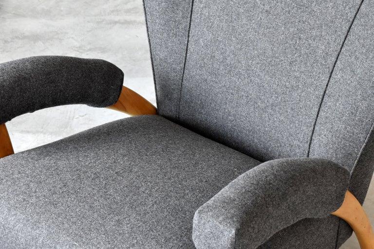 Paolo Buffa 'Attribution' Organic Lounge Chairs, Fabric, Light Oak, Italy, 1940s For Sale 1