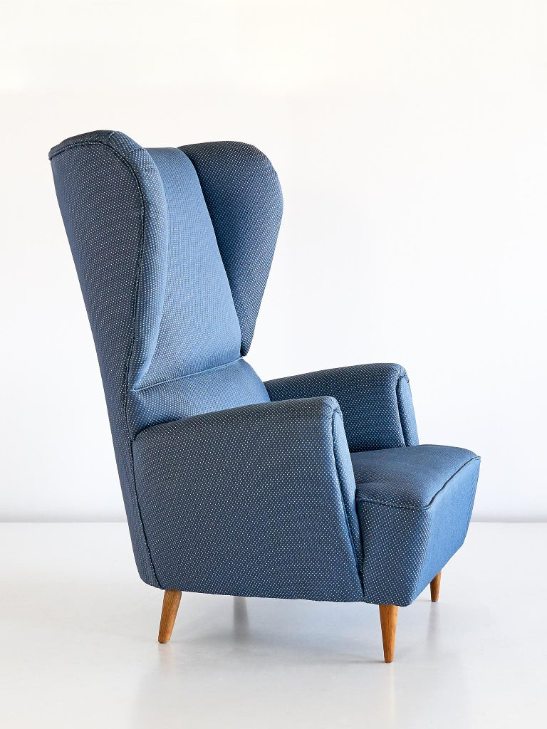 Mid-20th Century Paolo Buffa High Wingback Chair Upholstered in Blue Rubelli Fabric, Italy, 1940s For Sale