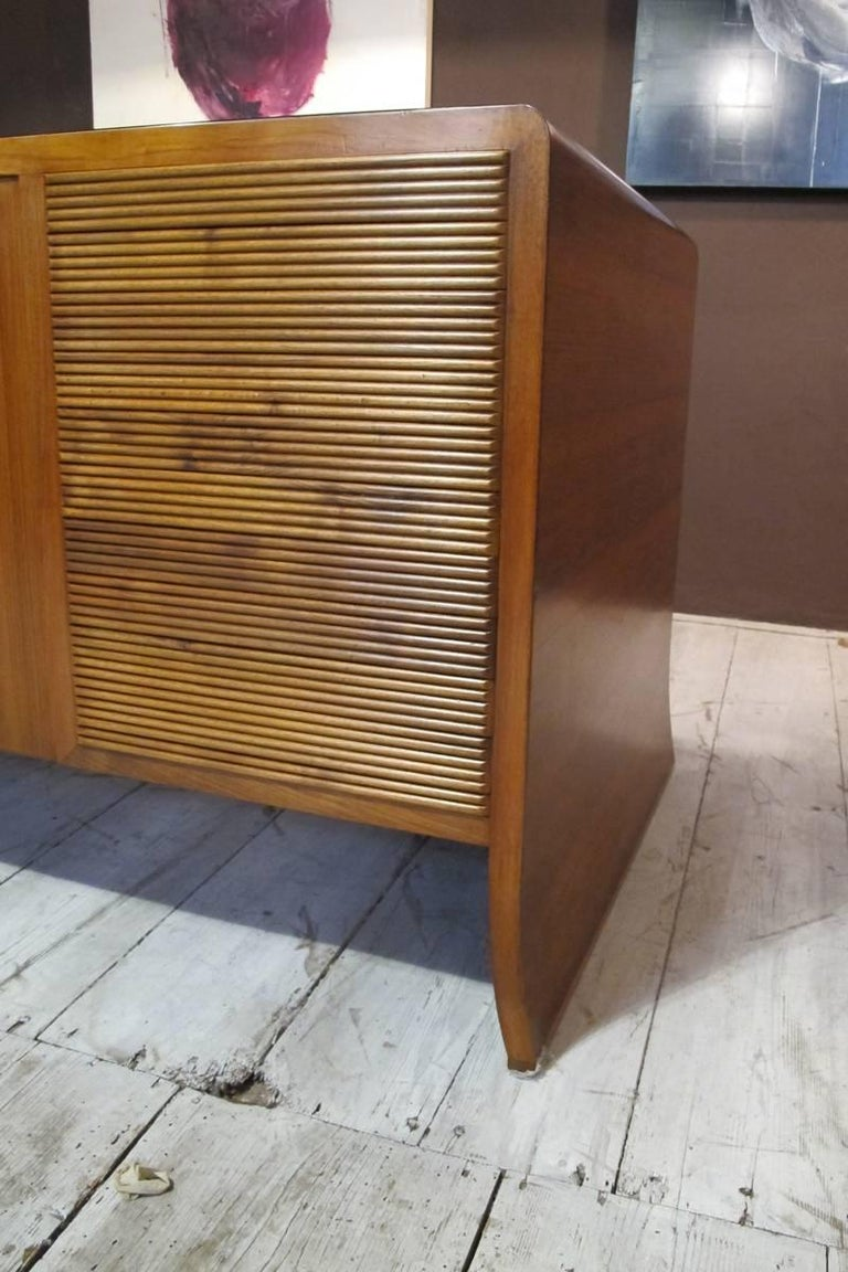 """""""Paolo Buffa"""" Important Desk in Walnut, 1940, Top in Black Opal In Excellent Condition For Sale In Verona, IT"""