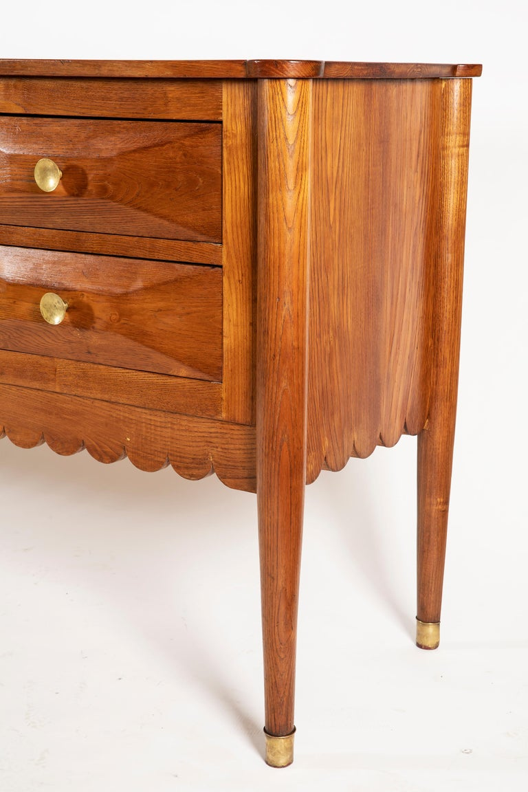 Lacquered Paolo Buffa Italian Oak Wood with 6 Ashlar-Work Drawers Credenza, 1940s For Sale
