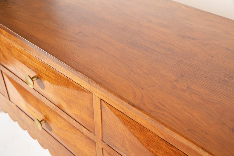 Paolo Buffa Italian Oak Wood with 6 Ashlar-Work Drawers Credenza, 1940s In Good Condition For Sale In Firenze, IT