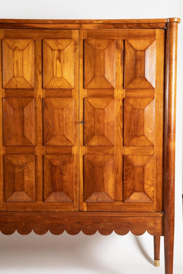 Mid-Century Modern Paolo Buffa Italian Oakwood with Four Ashlar-Work Doors Cabinet Highboard, 1940s For Sale