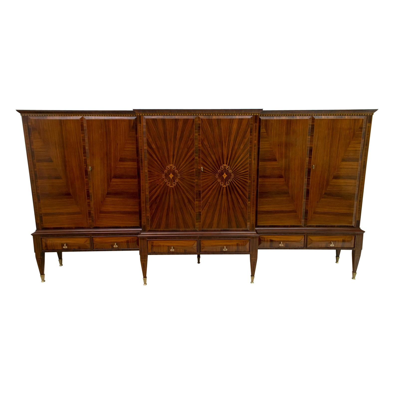 Paolo Buffa Mid-Century Modern Italian Maple Inlay Sideboard Cabinet Bar, 1950s