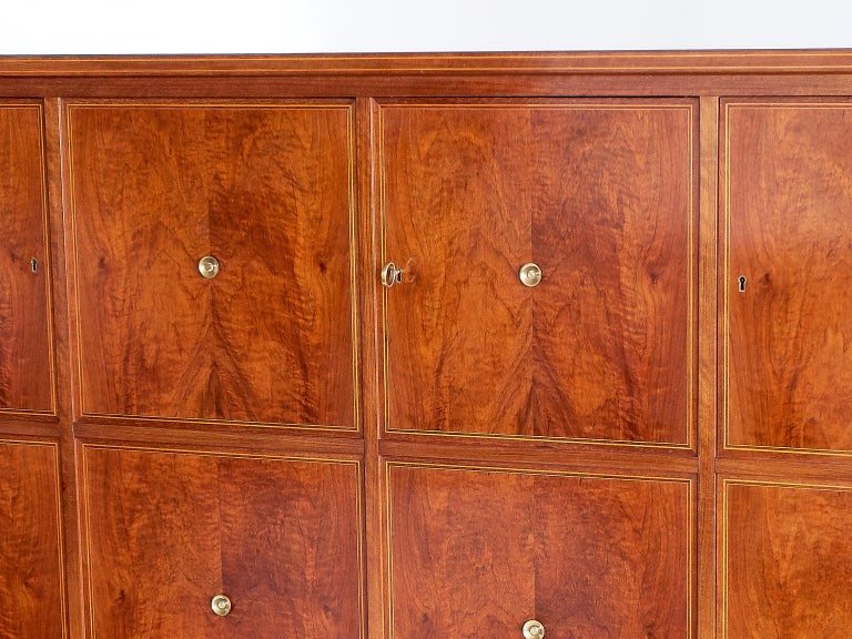 Veneer Paolo Buffa Panelled Four-Door Cabinet in Mahogany and Walnut, Italy, 1950s For Sale