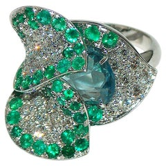 Paolo Piovan White Diamonds, Emeralds and Aquamarine 18 Karat Gold Flower Ring