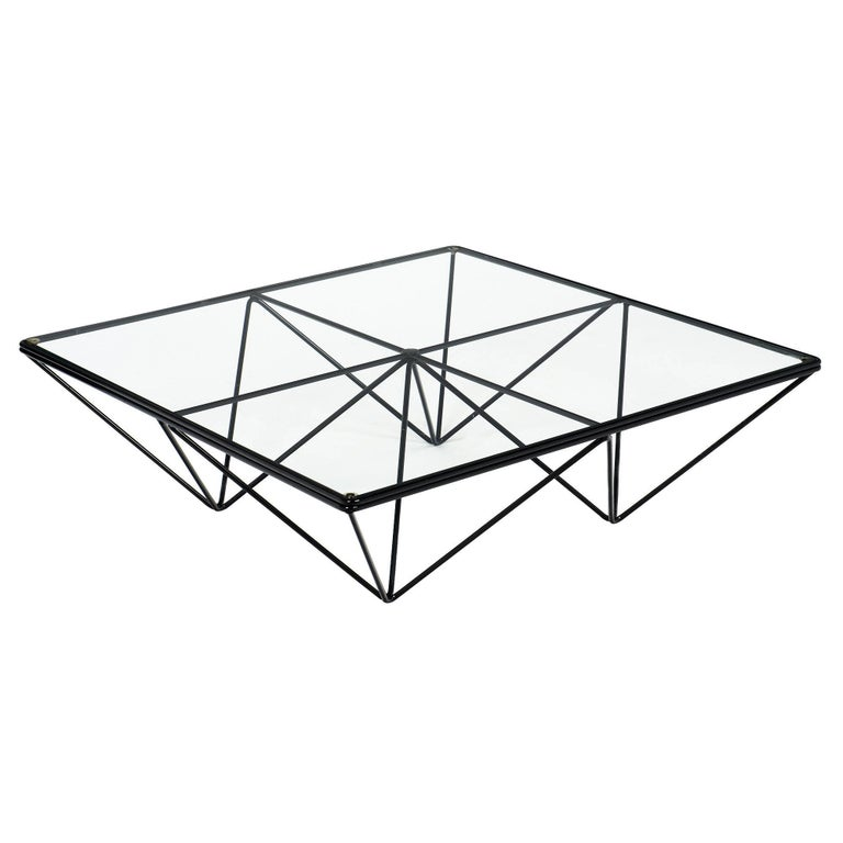 Modernist Coffee Table in the Style of Paolo Piva