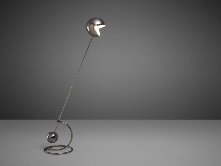 Paolo Tilche for Sirrah, floor lamp model 3S, chrome-plated metal, Italy, 1970s.  Stunning postmodern floor lamp by Italian designer Paolo Tilche. The lamp '3S' relies on the function of a counterweight. A stem with a heavy sphere at the bottom end