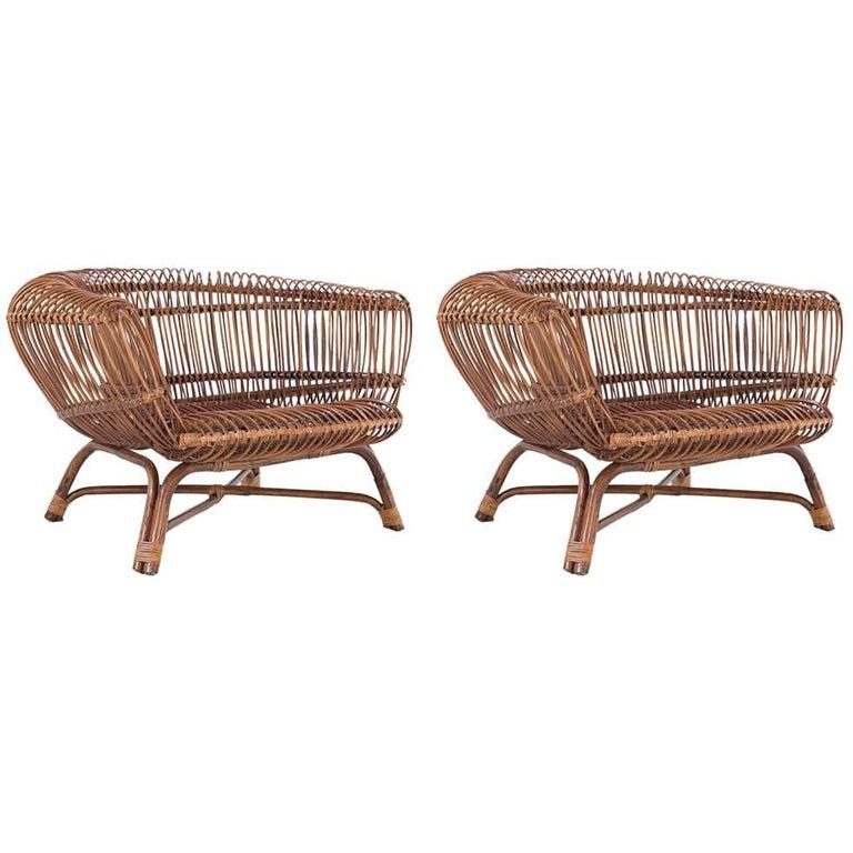 """Paolo Tilche Pair of Italian Mid-Century Modern Ratan Armchairs Model """"Silvia"""" For Sale 1"""