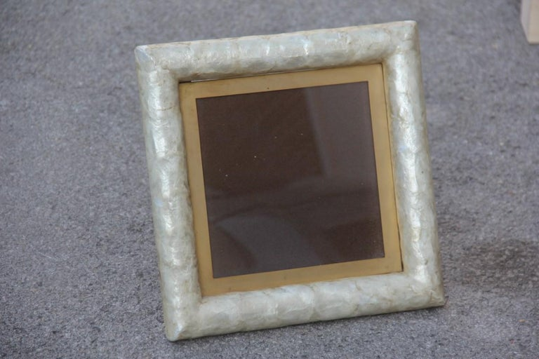 Paolo Traversi Photo Frame Mother of Pearl with Brass Design Gold Italian, 1970 For Sale 2