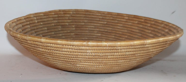 Papago Indian Basket, Monumental In Good Condition For Sale In Los Angeles, CA