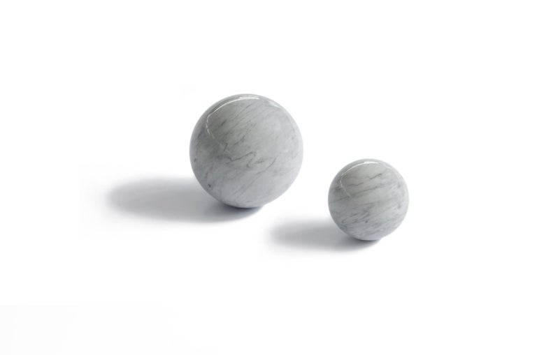 Paper weight with sphere shape in grey Bardiglio marble.  Each piece is in a way unique (since each marble block is different in veins and shades) and handcrafted in Italy. Slight variations in shape, color and size are to be considered a guarantee