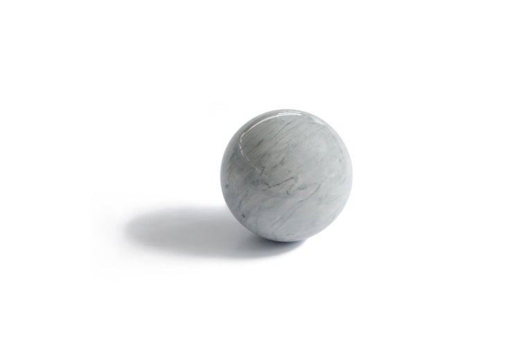 Italian Paper Weight with Sphere Shape in Marble For Sale