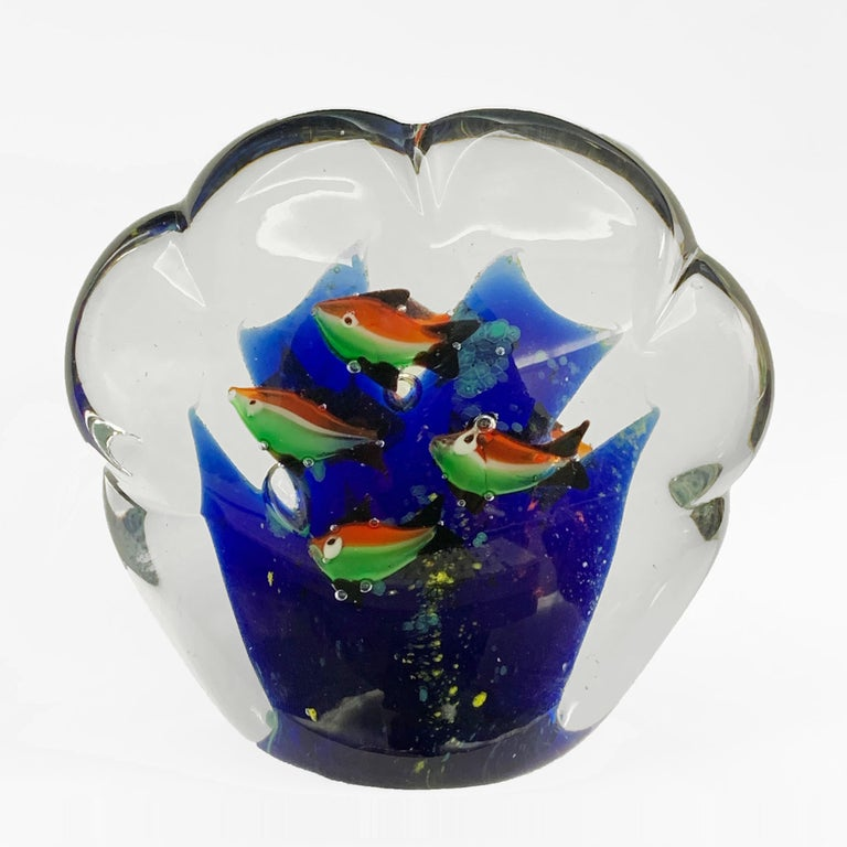 Impressive hand blown Murano in bright, blue, white, red and green glass. In the manner of the designer Alfredo Barbini and the Cenedese company. Each side has four tricolor fish like the Italian flag.