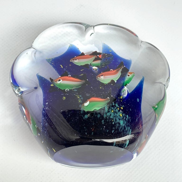 Paperweight Sculpture for Aquarium in White, Blue, Red and Green Murano Glass For Sale 2
