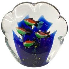 Briefbeschwerer Skulptur für Aquarium in Weiß, Blau, Rot und Grünem Murano Glas