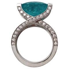 18 Karat White Gold Oval Cut Paraíba Tourmaline Diamond Cocktail Ring
