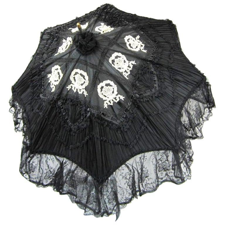 Parasol Silk & Lace Heavily detailed Gold accent parasol circa 1900's Victorian For Sale