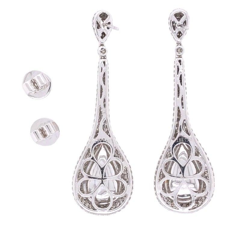 Modern Paris Craft House 11.48 Carat Emerald Diamond Earring in 18 Karat White Gold For Sale