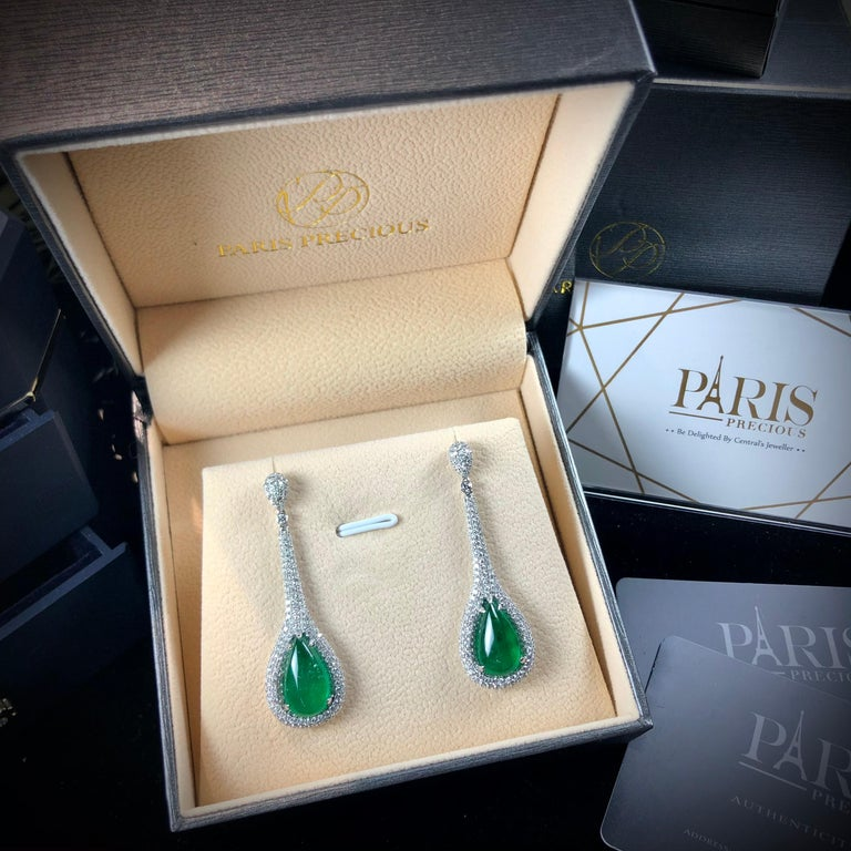 Cabochon Paris Craft House 11.48 Carat Emerald Diamond Earring in 18 Karat White Gold For Sale