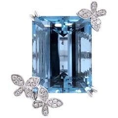 Paris Craft House 37.32 Carat Aquamarine Diamond Ring in 18 Karat White Gold