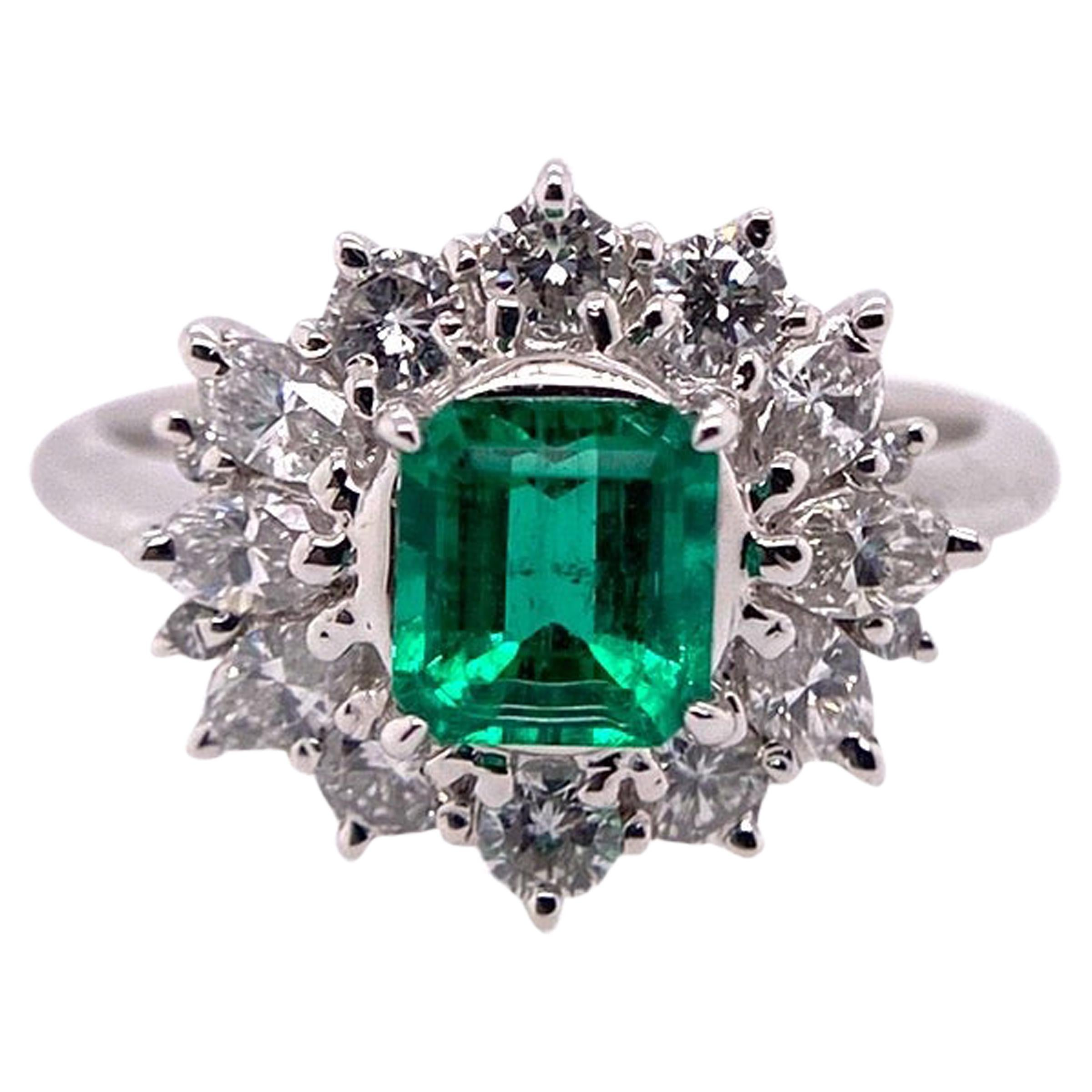 Paris Craft House Columbia Vivid Green Emerald Diamond Ring in Platinum