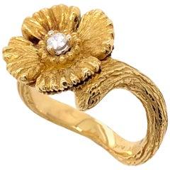 Paris Craft House Dirg Diamond Flower Ring in 18 Karat Yellow Gold