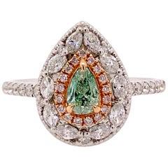 Paris Craft House Green Diamond Ring in 18 Karat White Gold