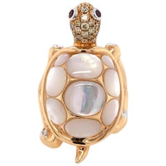 Paris Craft House Mother of Pearl Diamond Ruby Turtle Ring in 18 Karat Rose Gold