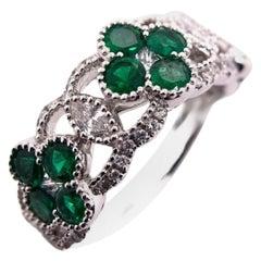 Paris Craft House Vivid Green Emerald Diamond Clover Ring in 18 Karat White Gold