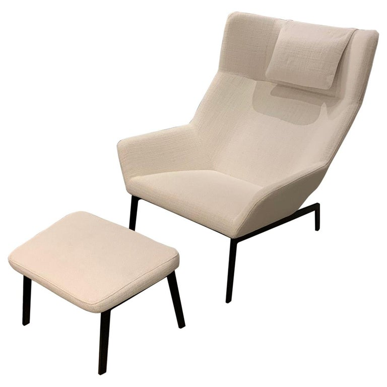 Park and Ottoman White Lounge Chair, by Niels Bendtsen from Bensen
