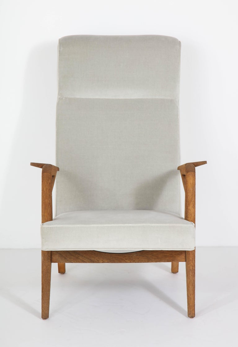 Parker-Knoll Oak Armchairs In Good Condition For Sale In New York, NY