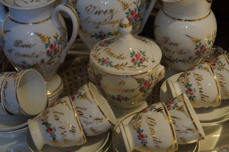 Particular and Rare Old Paris Hand-Painted Porcelain Coffee Tea Service, France In Good Condition For Sale In Haarlem, Noord-Holland