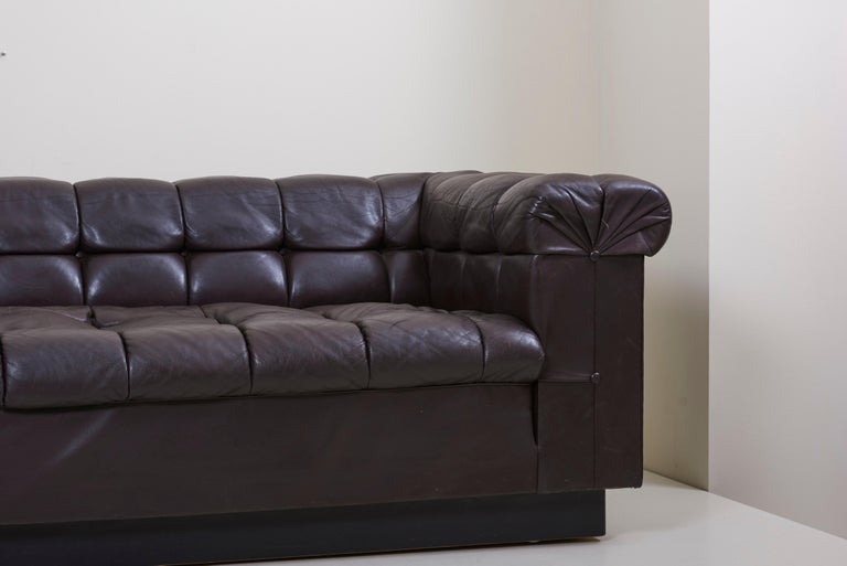 20th Century Party Sofa Model 5407 in Dark Brown Leather by Edward Wormley for Dunbar For Sale