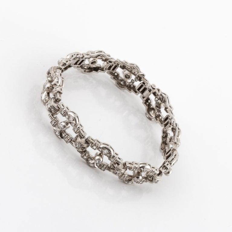 Art Deco Openwork Diamond Platinum Link Bracelet In Good Condition For Sale In Houston, TX