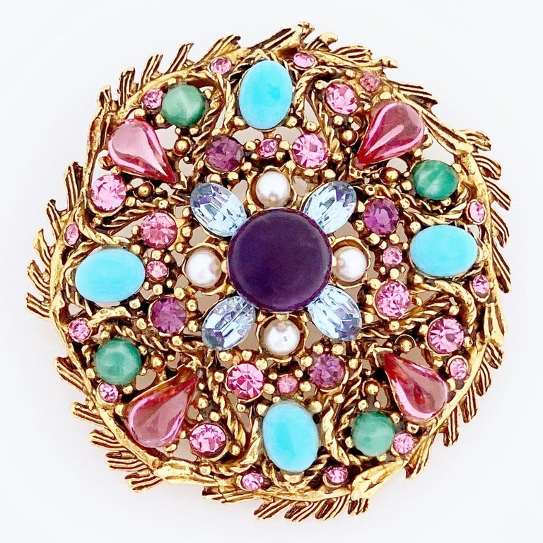 Pastel Cabochon Medley Brooch By Hollycraft, 1950s In Good Condition For Sale In Los Angeles, CA