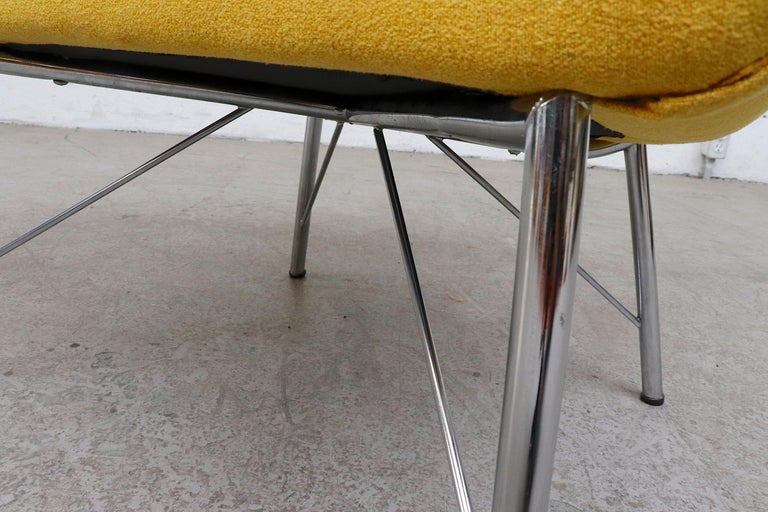 Pastoe Ekselius Lounge Chair for Pastoe in Canary Yellow For Sale 6