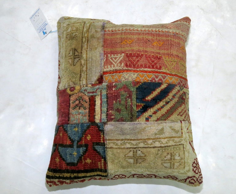 Patchwork Rug Pillow In Good Condition For Sale In New York, NY