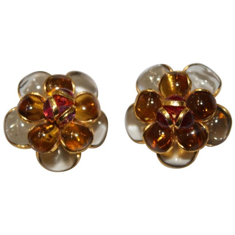 Pate De Verre Camélia Clip Earrings  For Sale