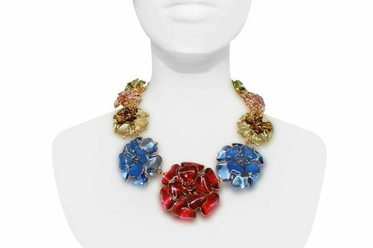 Hand poured and molded glass flower necklace from Pate de Verre Collection. Made in France by the same artisans who created for Gripoix.