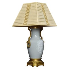 Pate Sur Pate table Lamp