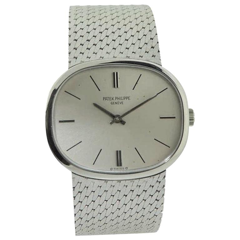 Patek Philippe 18 Karat White Gold Bracelet Watch from 1971 For Sale