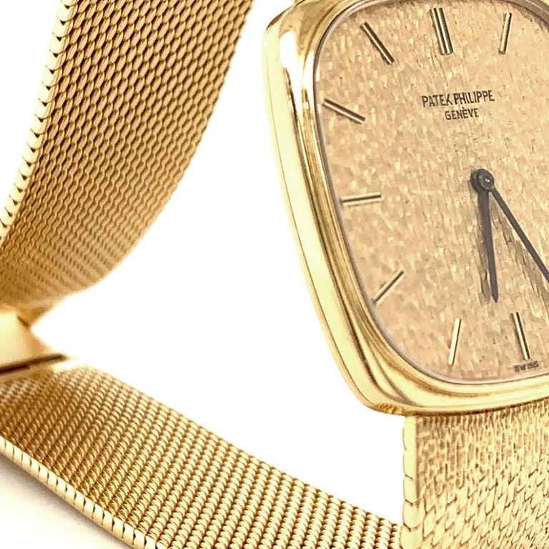 Women's or Men's Patek Philippe Yellow Gold Wristwatch For Sale