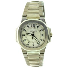 Patek Philippe 7011/1G Nautilus White Gold Silver Watch