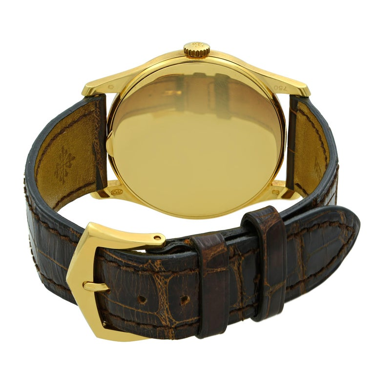 Patek Philippe Calatrava 18K Gold Silver Dial Hand-Wind Men's Watch 5196J-001 For Sale 2