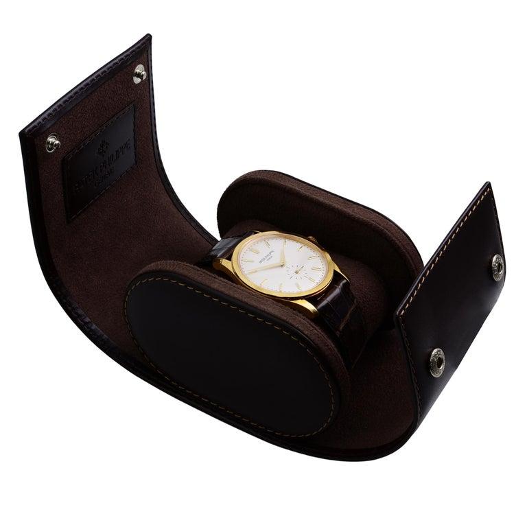 Patek Philippe Calatrava 18K Gold Silver Dial Hand-Wind Men's Watch 5196J-001 For Sale 3