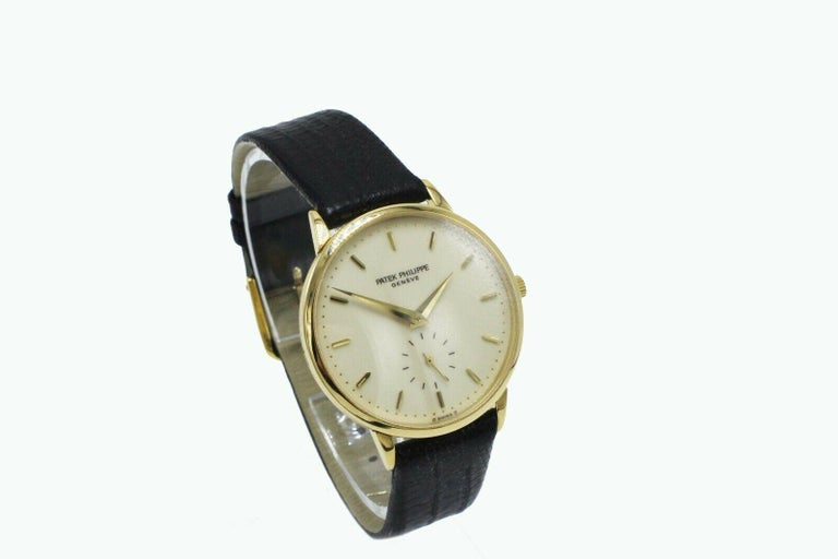 Patek Philippe Calatrava 3893J 18 Karat Yellow Gold Leather Strap In Excellent Condition For Sale In San Diego, CA