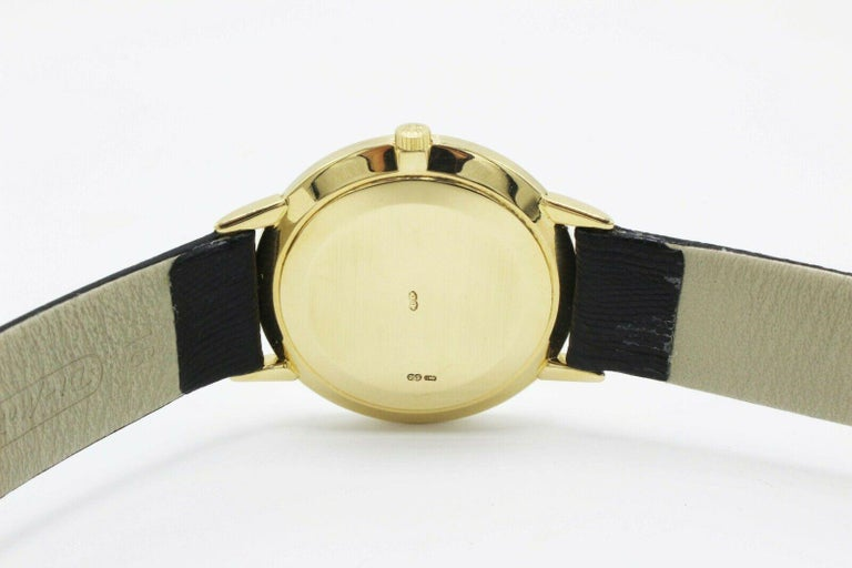 Men's Patek Philippe Calatrava 3893J 18 Karat Yellow Gold Leather Strap For Sale