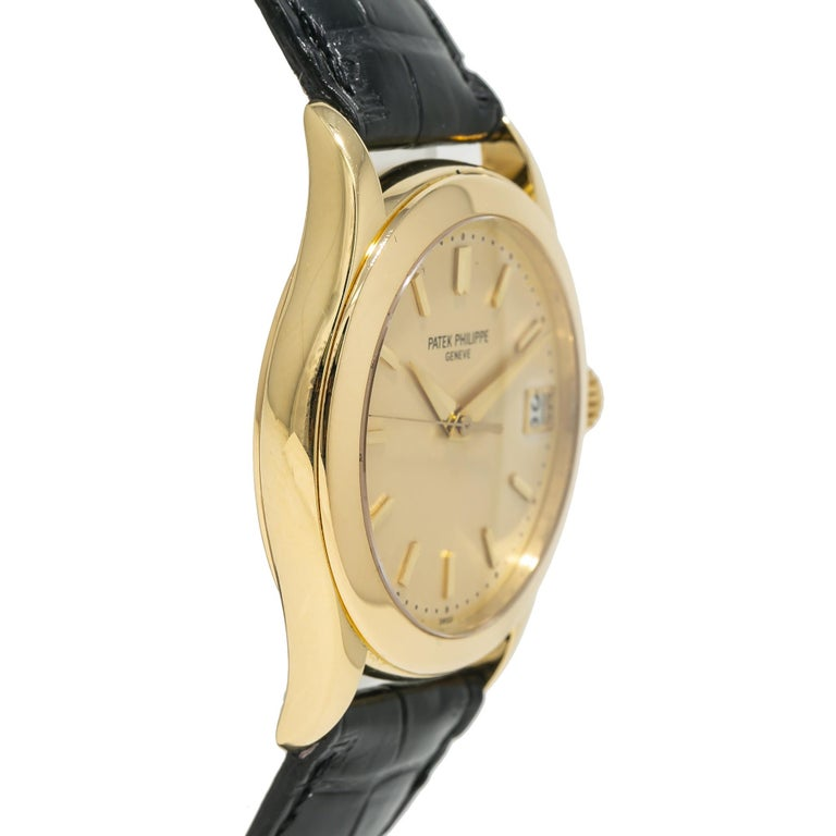 Patek Philippe Calatrava 5107J, Gold Dial, Certified and Warranty In Excellent Condition For Sale In Miami, FL