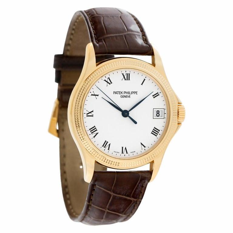 Patek Philippe Calatrava 5117R-001 18 Karat Rose Gold Auto Watch In Excellent Condition In Miami, FL