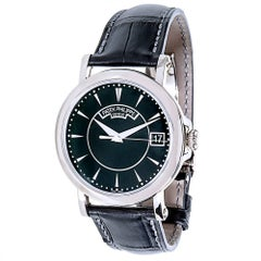 Patek Philippe White Gold Calatrava Mechanical Wristwatch